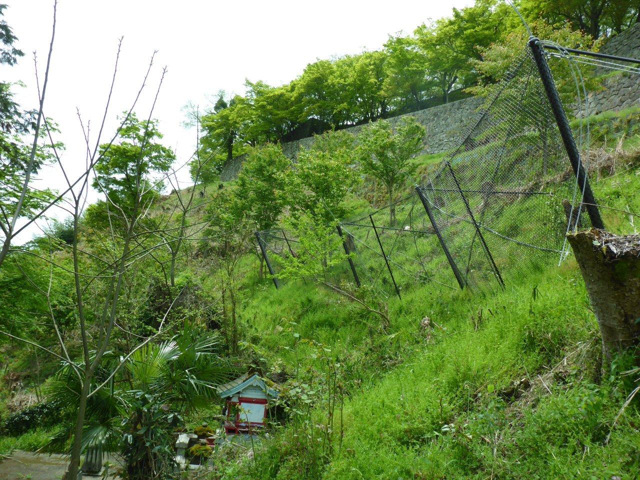 史跡津山城跡二の丸東側石垣落石防止柵設置工事