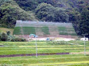 上堰2地区防災・安全(総流防)雪崩対策雪崩待受擁壁その2工事
