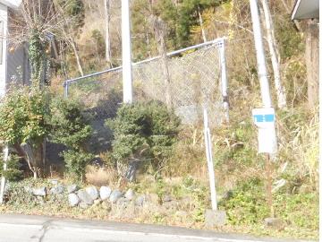 小泉3地区県単急傾斜地崩壊防止工事・公関落石防護柵工事